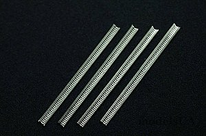 Ammo belts feader Cal .30 (7,62 mm) (4 pieces) 1:48 Miniworld 4853a