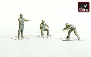 Soviet/Russian modern airfield groung personnel - 3 figures 1:72 Armory ARF7214